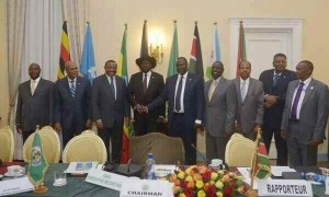 salva-kiir-and-riek-with-igad-heads-of-state-600x360